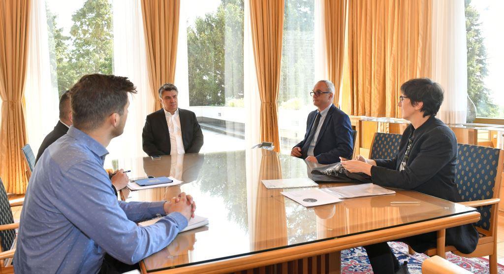 Ured predsjednika Republike Hrvatske• Služba za odnose s javnošću