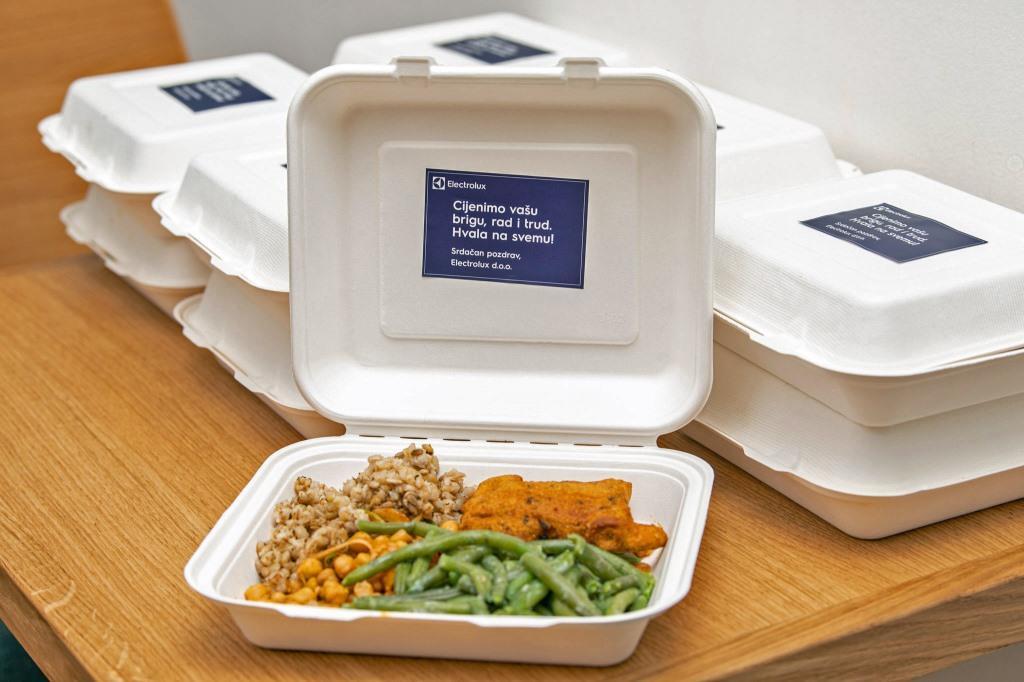 Donacija obroka (foto Vedran Metelko)